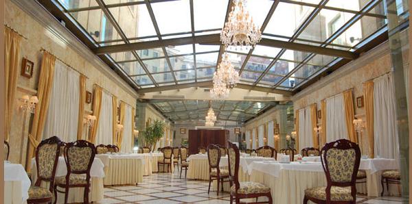 Uno de los salones del Hotel Alameda Palace