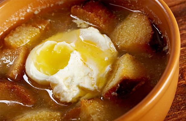 Recetas de sopas con las que afrontar el fr o invierno - Sopa castellana casera ...