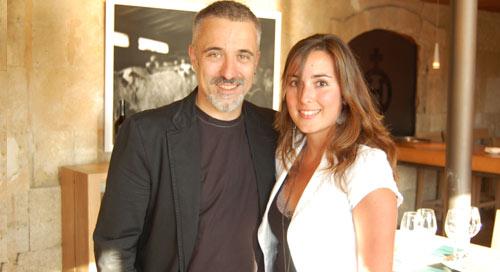 Sergi Arola con la periodista Eva González, directora de www.hosteleriasalamanca.es