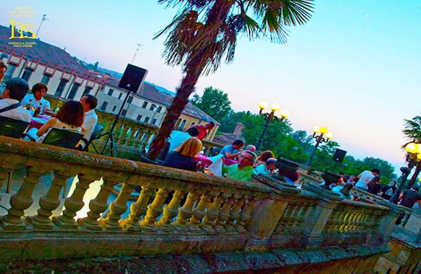 Especial terrazas de verano salamanca 2015 for Especial terrazas
