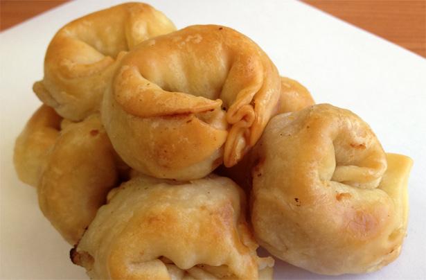 Knishes de papa, receta de la cocina judía ashkenazi