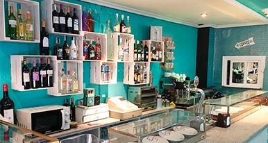 Quitapenas Art-Caf�, nuevo bar en el barrio del Oeste