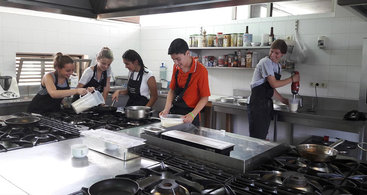 La escuela municipal de hosteler a de santa marta de for Escuelas privadas de cocina