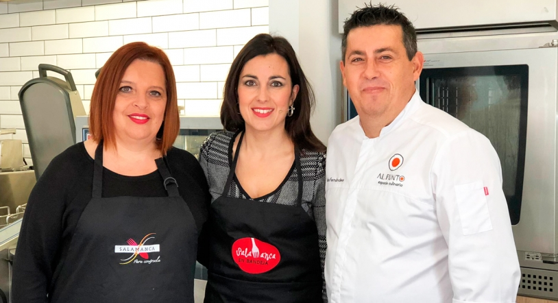 Eva Gonz�lez, invitada de la semana del programa 'Por mis fogones'